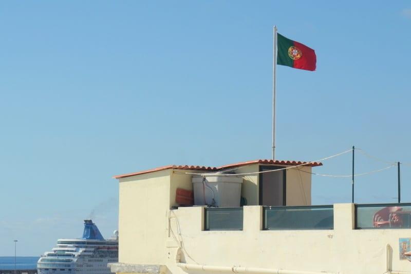 Funchal, Flaga Portugalii