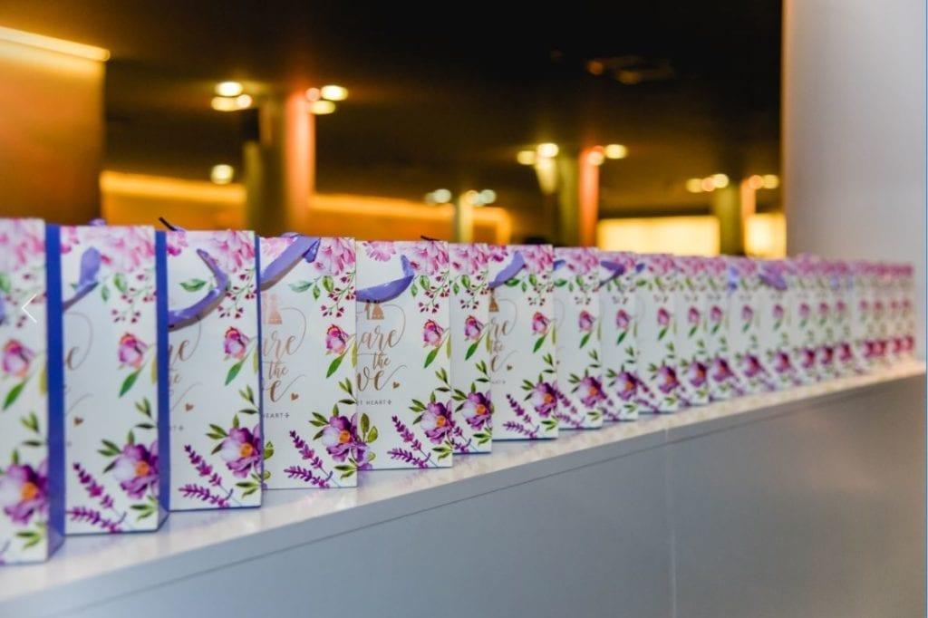 Torebki na prezenty dla gosci weselnych - artykuły ślubne z Aliexpress