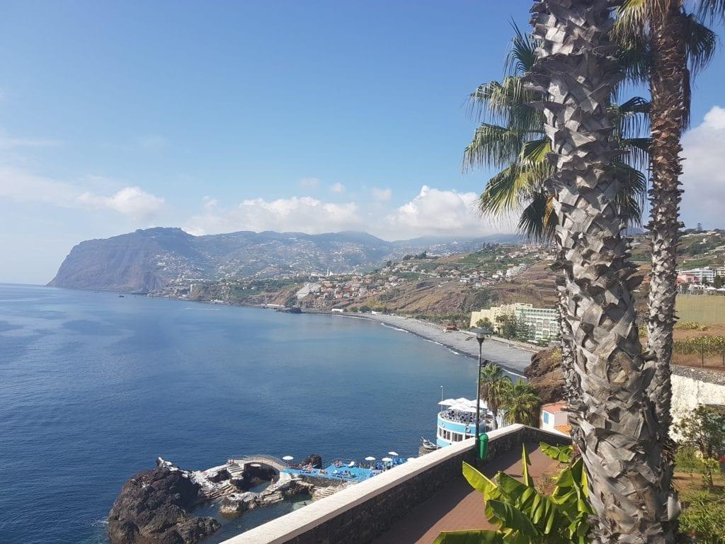 Gdzie pływać na Maderze: kąpielisko Doca do Cavacas na zachodzie Funchal