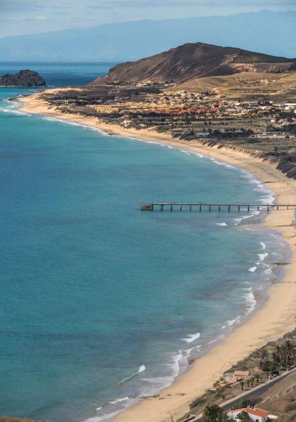 EN: Beautiful beach in Porto Santo, Portugal. ~ PL: Piekna plaża na portugalskiej wyspie Porto Santo