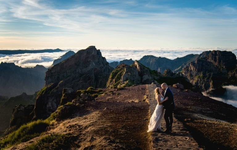 Wedding in Madeira, Portugal; the island offers spectacular locations for wedding photoshoots ~ Slub na Maderze; wyspa oferuje spektakularne krajobrazy na sesję zdjęciową w plenerze.