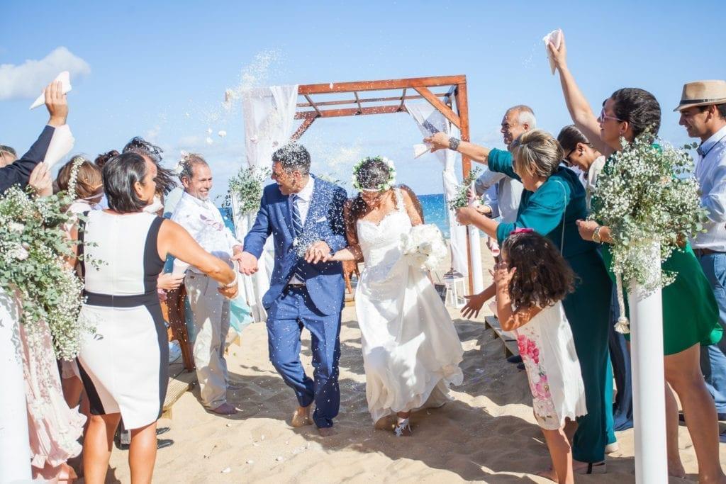 Beautiful beach wedding in Porto Santo, Portugal. ~ Piekny slub na plaży na portugalskiej wyspie Porto Santo