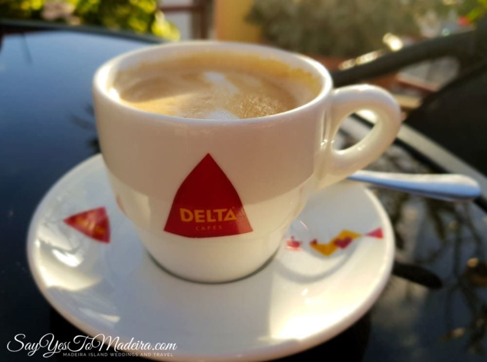Bica, garoto, chino, chinesa..? Coffee sorts in Madeira, Portugal. How to order coffee in Portuguese.