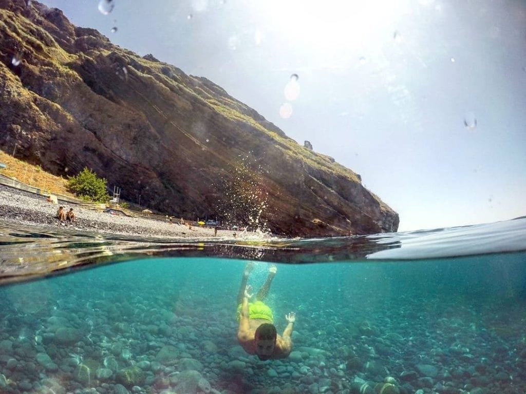 Swimming in Madeira: Swimming complexes, lava pools and beaches in Madeira