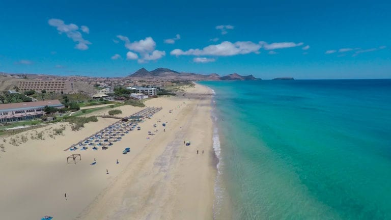 Trouwlocaties in Porto Santo: Alles over trouwen in Madeira of Porto Santo, Portugal en bestemming bruiloften - Strandhuwelijk in Porto Santo