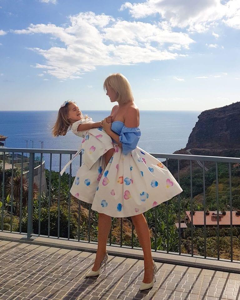 Same dress for mother and daughter - spectacular dresses handmade in Madeira #handmade #dress #shortdress #sukienka