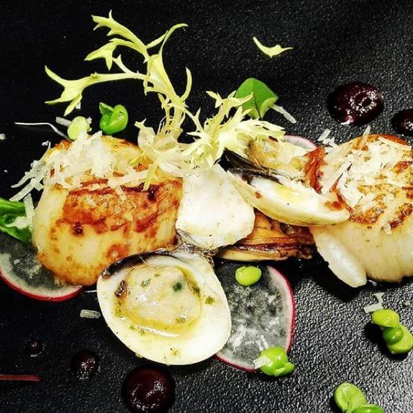 Madeira Island cuisine - Scallops ~ Duszone przegrzebki (małże św. Jakuba #scallops #portuguesecuisine #madeiraisland #madeira #portugal