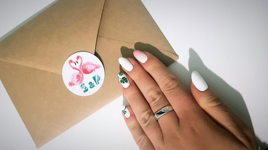 Tropical wedding - wedding nails #nails #wedding #tropicalwedding #flamingo