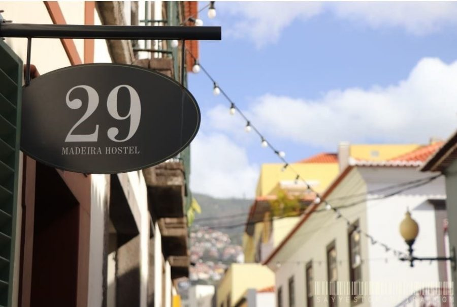 29 Madeira Hostel by Petit Hotels - Cheap hostel in the centre of Funchal    29 Madeira Hostel by Petit Hotels - tani hostel w centrum Funchal na Maderze
