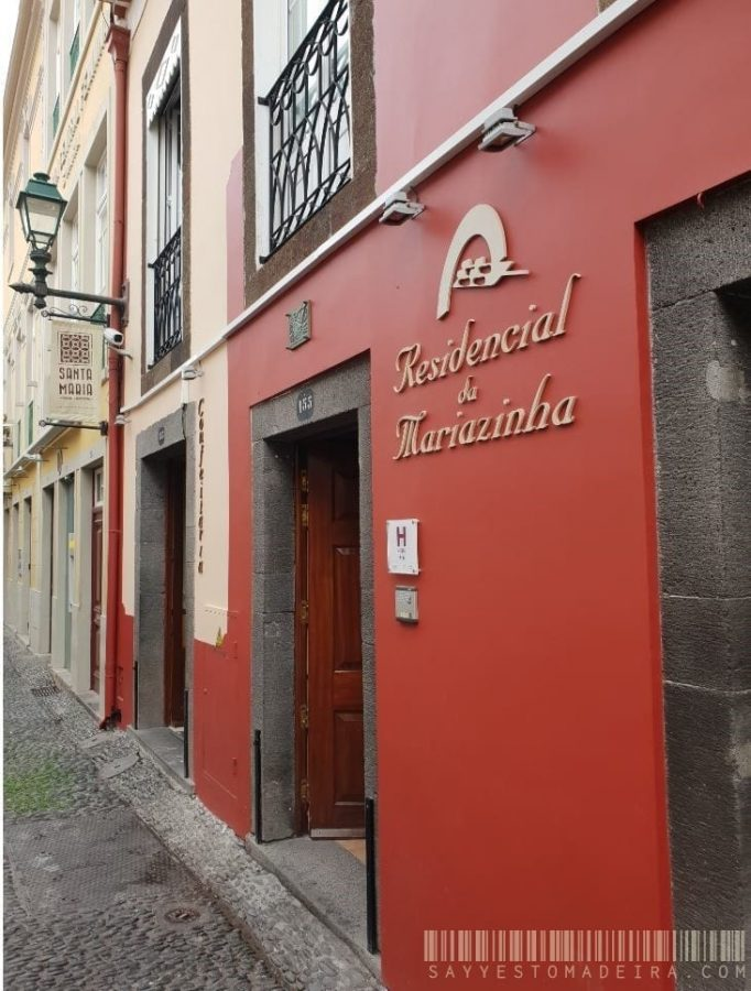 Residencial Mariazinha - Cheap hotel in the Old Town of Funchal, Madeira, Portugal    Tani hotel na Starym Mieście w Funchal na Maderze - Residencial Mariazinha