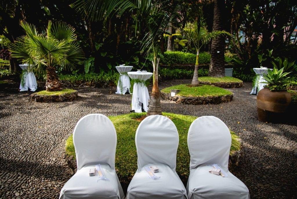Najlepsze miejsca na ślub cywilny za granicą: Ślub w hotelu Belmond Reid's Palace na Maderze I Best European wedding venuess: Weddings at Belmond Reid's Palace in Madeira PHOTO: Miguel Ponte Photography #madeira #belmondreids #funchal #portugal #destinationwedding #wedding #weddingvenue
