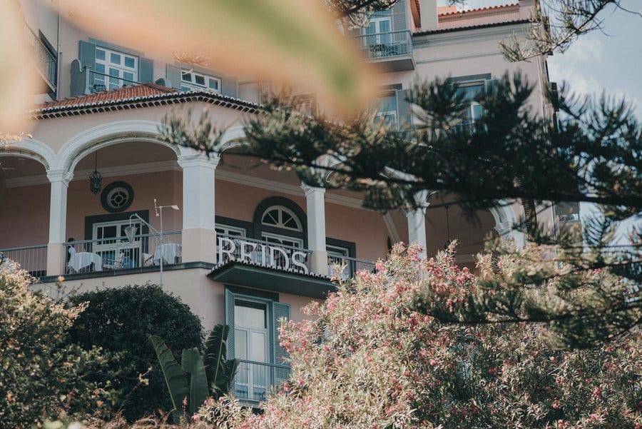 Najlepsze miejsca na ślub w Europie: Ślub w hotelu Belmond Reid's Palace na Maderze I Best European wedding locations: Weddings in Belmond Reid's Palace in Madeira Fot: The Memory Shop #madeira #belmond #portugal #destinationwedding #wedding