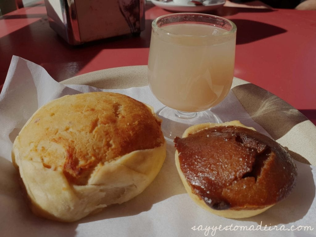 Food to try in Madeira Island: Chestnut dishes and chestnut products - Nun's Valley ( Curral das Freiras) Madeira Island #foodie #madeira #chestnut Polecane dania na Maderze: Dania i produkty z kasztanów w Dolinie Zakonnic na Maderze