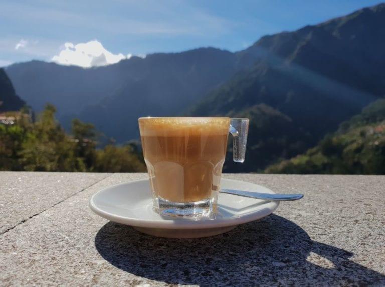 Coffee in Madeira - coffee types and coffee names in Madeira #coffee #madeira Kawa na Maderze: Rodzaje i nazwy kawy na Maderze.