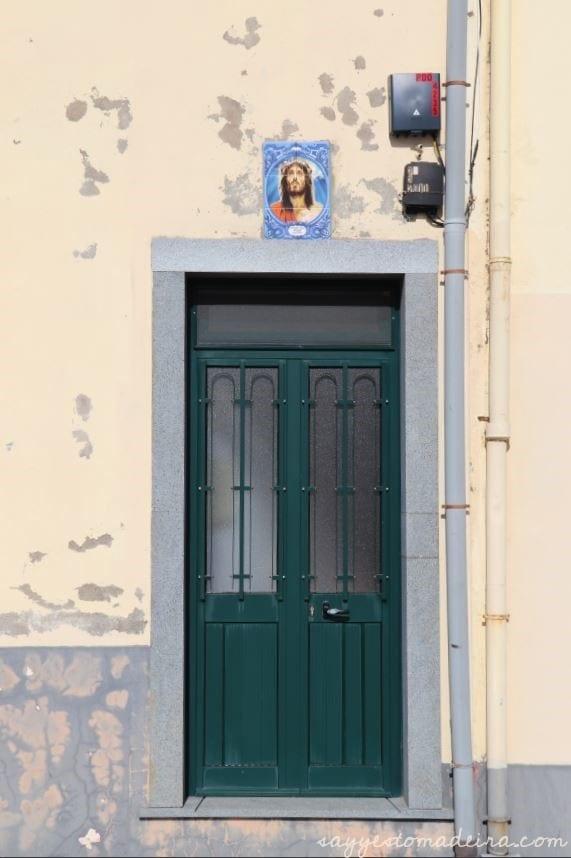 Camara de Lobos, Madeira Island. #madeira #portugal #europetravel #travel #bucketlist Piękne miejsca na Maderze: Wioska rybacka Camara de Lobos. Cabo Girao #madera
