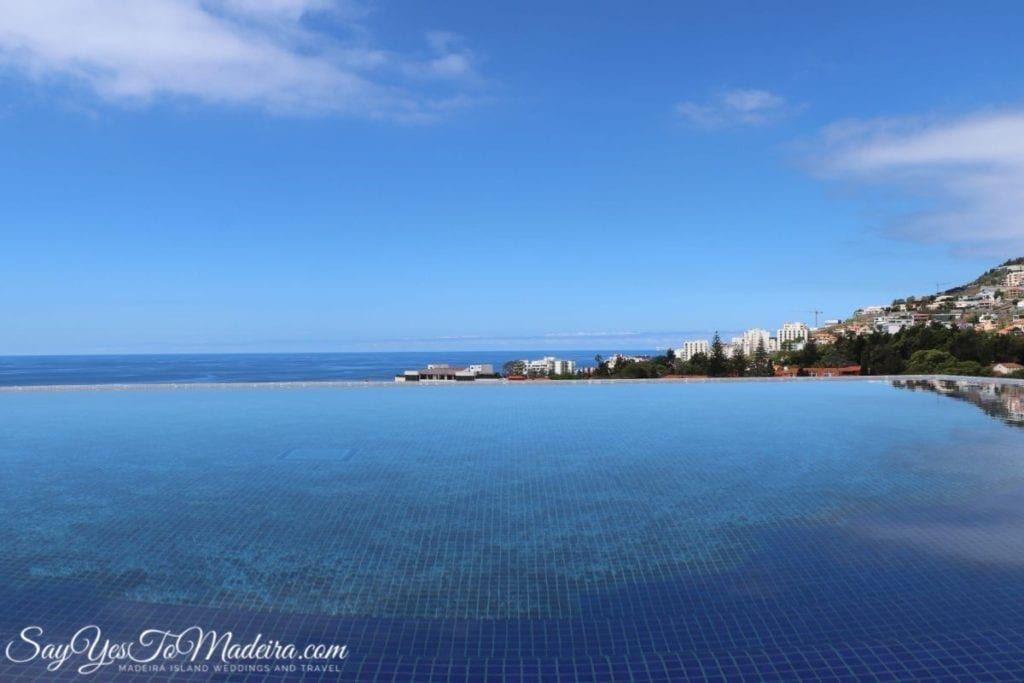 Best hotels Madeira Island - Savoy Palace in Funchal, Swimming pools in Savoy Palace || Hotele na Maderze - luksusowy Savoy Palace na Maderze. Basen w hotelu Savoy Palace na Maderze