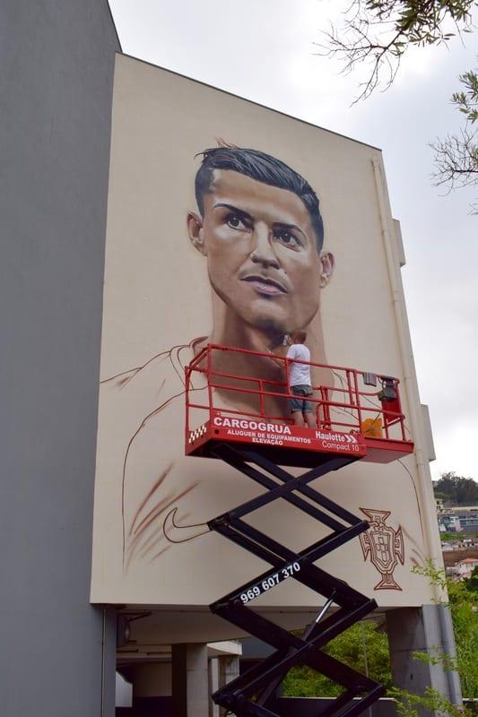 Mural Cristiano Ronaldo w Funchal na Maderze - Portugalia - Śladami CR7 Madera