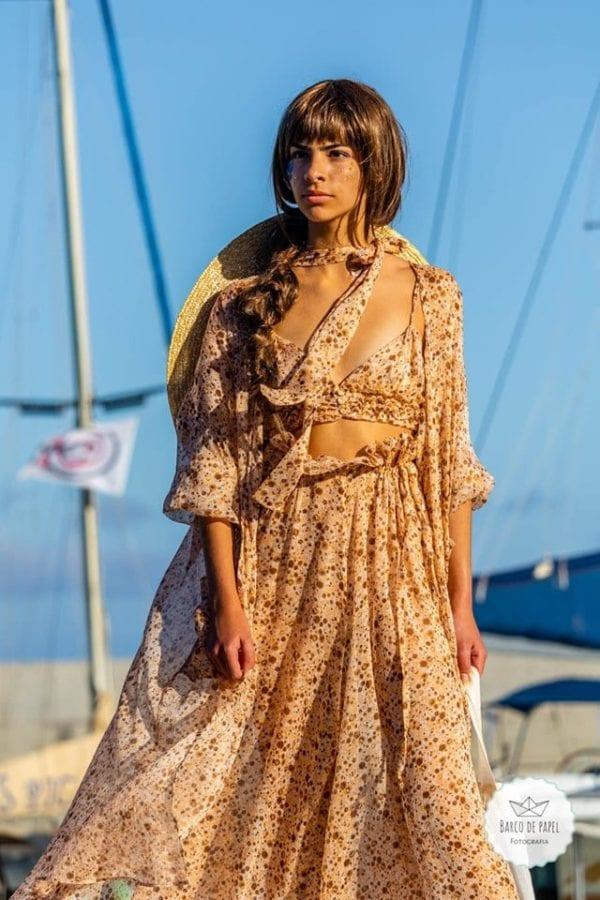 Beautiful brown/beige summer dress presented during Madeira Flower Collection 2019 - Długa beżowa brązowa letnia sukienka podczas pokazu mody w Funchal #dress #suknia #maxidress #floraldress #kwiecistasuknia #sukniawkwiaty #madeira #suknia #długasuknia #sukniaslubna #suknianaslub #sukienkanalato #sukienka