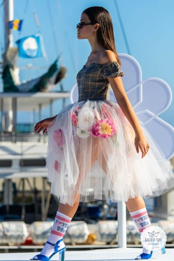 Floral outfit presented during Madeira Flower Collection 2019 - Kwiecista stylizacja podczas pokazu mody w Funchal w Portugalii #madeira #funchal #portugal #fashion #moda #fashionshow #outfit #inspiration #floral