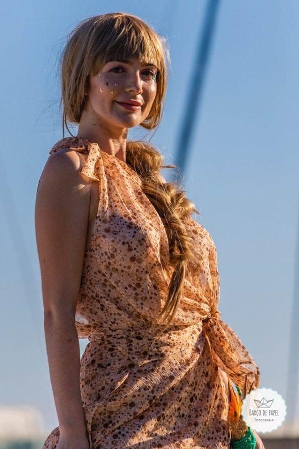 Beautiful brown summer dress presented during Madeira Flower Collection 2019 on Madeira Island - Długa beżowa letnia sukienka podczas pokazu mody w Funchal #dress #suknia #maxidress #floraldress #kwiecistasuknia #sukniawkwiaty #madeira #suknia #długasuknia #sukniaslubna #suknianaslub #sukienkanalato #sukienka