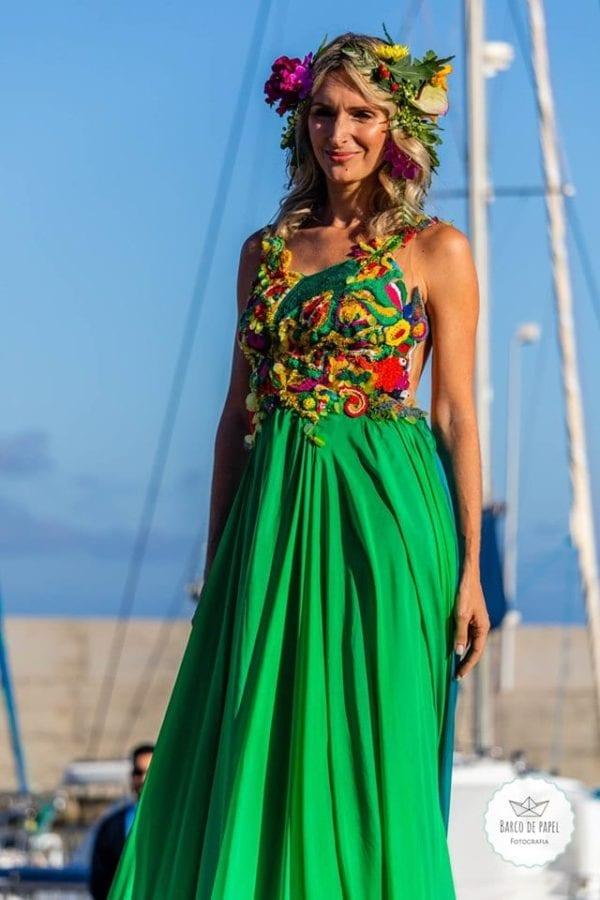 Designer Micaela Oliveira -Beautiful green dress presented during Madeira Flower Collection 2019 in Madeira, Portugal - Długa zielona suknia pokazana podczas pokazu mody w Funchal #greendress #zielonasuknia #maxidress #floraldress #madeira #dress #suknia #długasuknia #sukniaslubna #suknianaslub #nietypowasuknia #sukienka