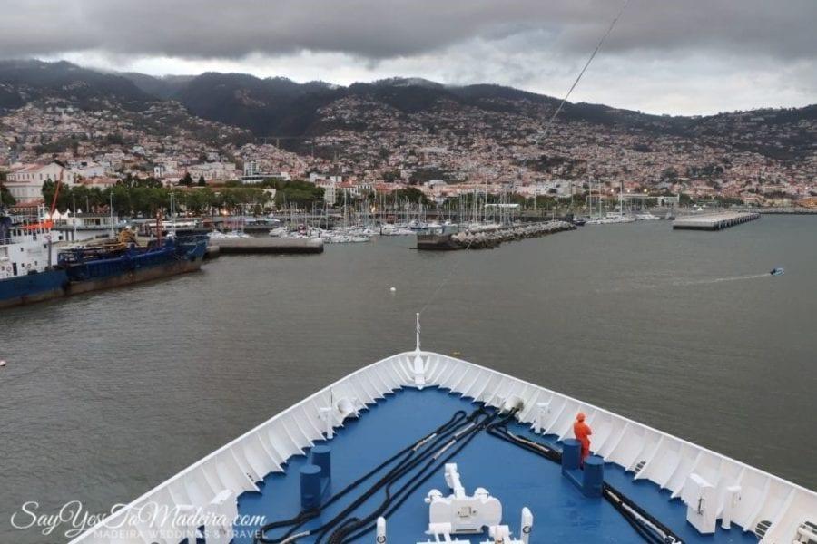 Ferry Porto Santo Line from Funchal, Madeira to Porto Santo II Prom z Funchal, Madera do Vila Baleira, Posto Santo