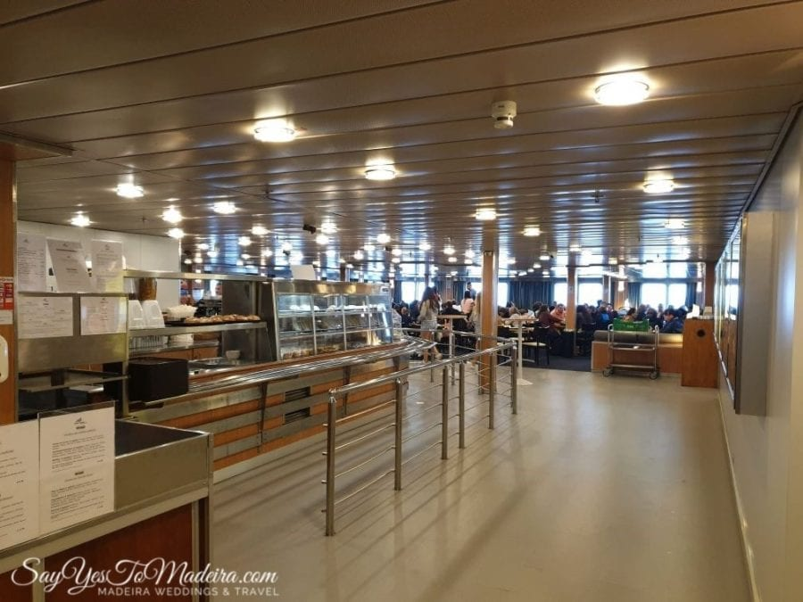 Ferry restaurant at Lobo Marinho from Madeira Island to Porto Santo II Restauracje na promie z Madery na Posto Santo