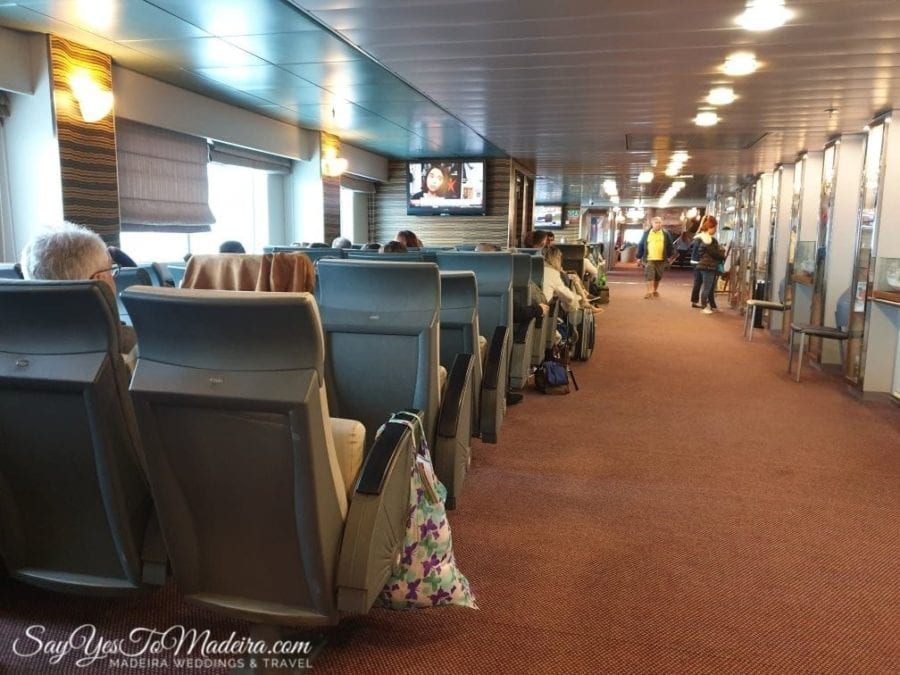 Economy class - Ferry Porto Santo Line from Funchal, Madeira to Porto Santo II Klasa ekonomiczna - prom z Funchal, Madera do Vila Baleira, Posto Santo