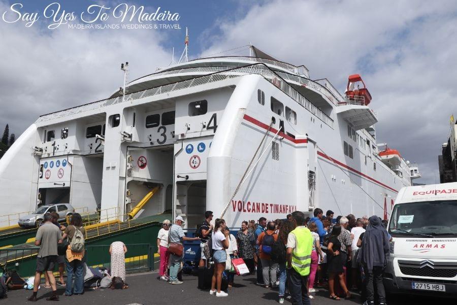 Prom z Portimao po przybyciu do portu w Funchal na Maderze - wrzesień 2019