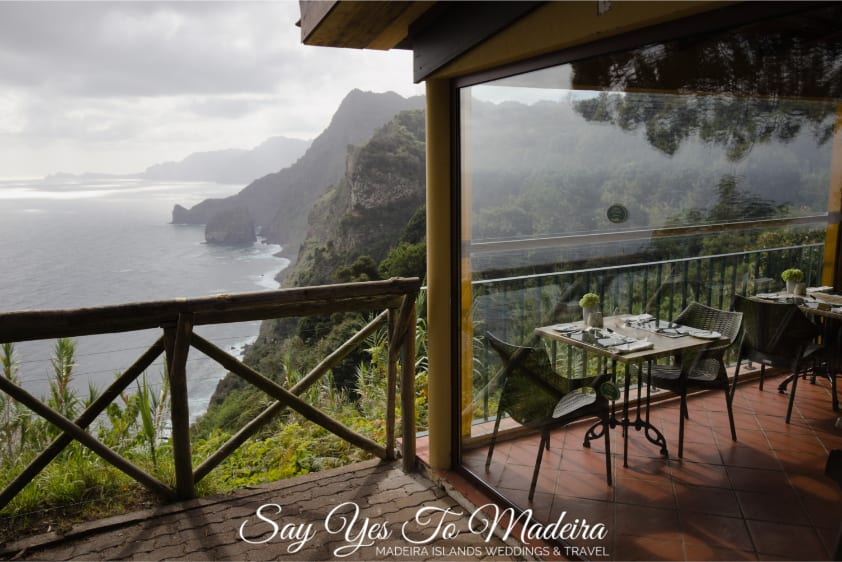Quiet hotels in the north of Madeira: Quinta do Furao Hotel in Santana review - Polecane Hotele z najpiękniejszym widokiem na Maderze - hotel Quinta do Furao recenzje, opinie, zdjęcia