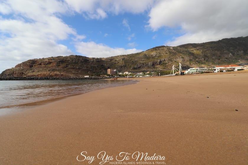 Plaże na Maderze - Plaża w Machico. Hotel Dom Pedro Madeira