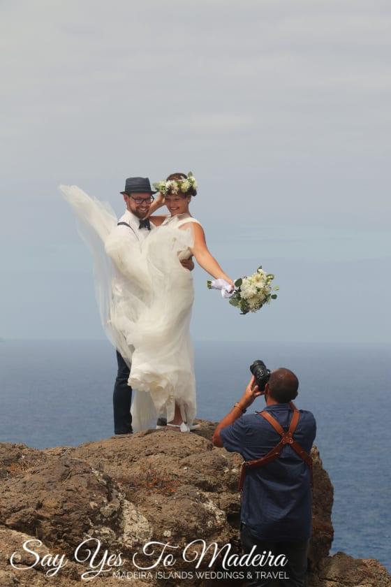 Miejsca na ślub za granicą. Śluby Madera. Tani ślub za granicą w Europie. Sesja zdjęciowa na Maderze.